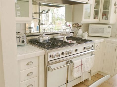 white appliance kitchen 43 best images about white appliances on pinterest stove