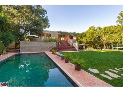 harry styles house once direction s harry styles buys house near beverly hills realtor com 174