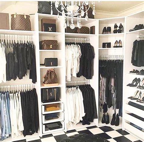 closet shelves 25 best ideas about closet shelving on closet