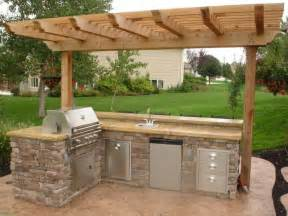 Ideas For Outdoor Kitchens Best 20 Small Outdoor Kitchens Ideas On Pinterest