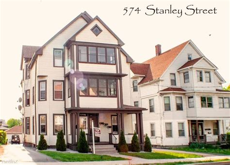 Section 8 New Britain Ct by 572 Stanley St New Britain Ct 06051 Rentals New Britain
