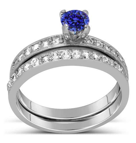 1.50 Carat Vintage Round cut Blue Sapphire and Diamond