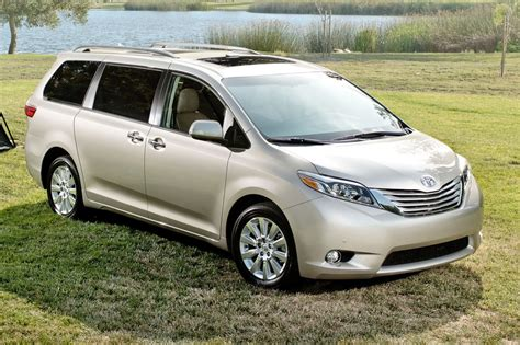 toyota vans related keywords suggestions for sienna minivan
