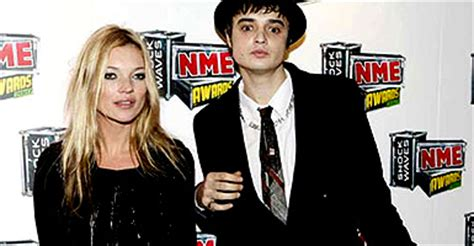 The Drama Kate Moss And Pete Doherty German Vanity Fair July 2007 by Kate Moss Pete Doherty Bring Drama To The Nme S