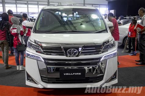toyota now toyota vellfire alphard facelift now in malaysia rm351k