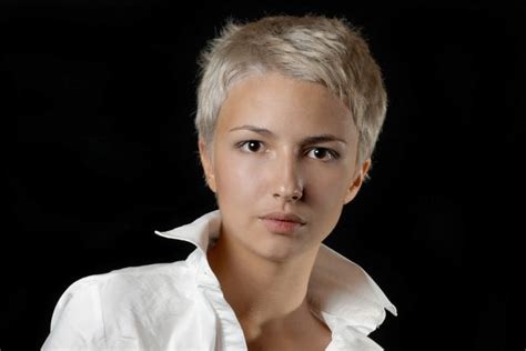 youtube pixie haircuts for thick hair short haircuts for thick hair hairstyle stars