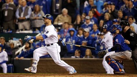 alex gordon house video royals alex gordon game tying hr in world series