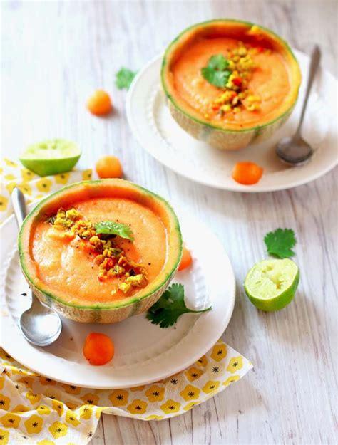 cuisine entr馥 froide soupe de melon glac 233 e 224 la coriandre topping galettes au