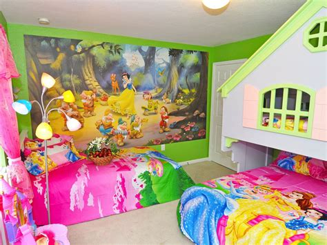 Disney World Princess Themed Rooms by Theme Room And Pool Homeaway