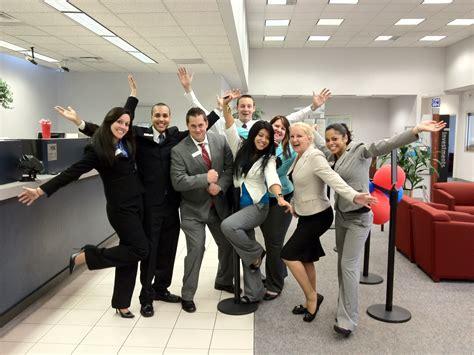 dresscode bank picture bank of america office photo glassdoor