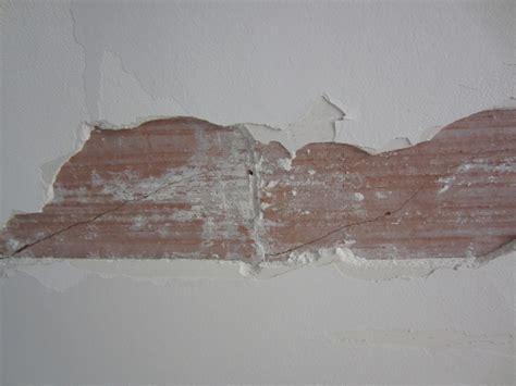 Fissure Plafond Platre by Fissure Plafond Brique Platre Comment R 233 Parer