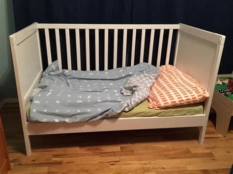 crib that converts to toddler bed ikea sundvik crib converts to toddler bed cowichan bay
