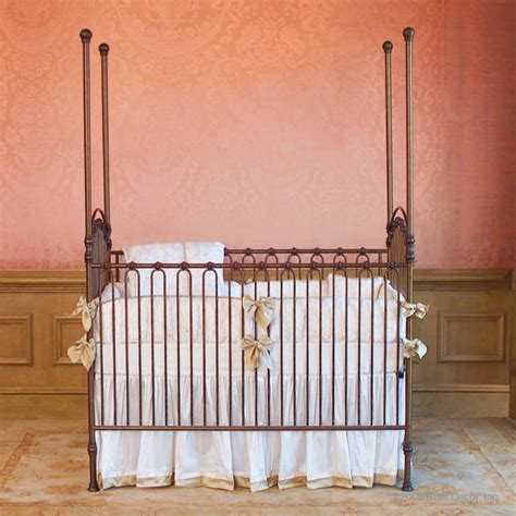 Bratt Decor Crib by Bratt Decor Venetian Crib Reviews Best Cribs On Weespring