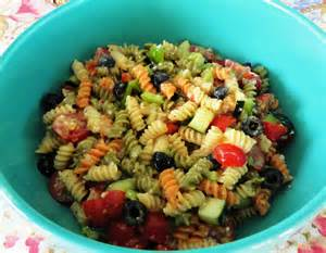 the big giant food basket very easy and quick pasta salad