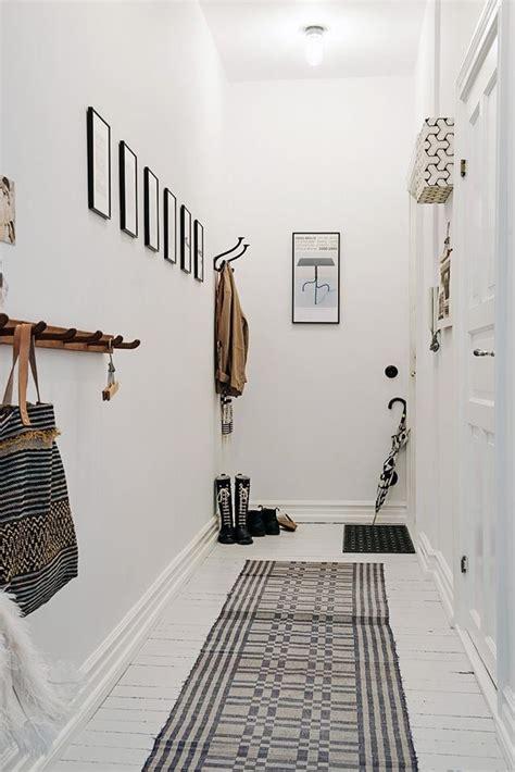 attrayant deco couloir noir et blanc 13 papier peint hallway decorating ideas interior design blogs