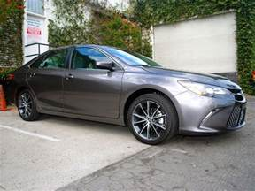 Toyota Camry Images 2016 Toyota Camry Specs And Features Carfax
