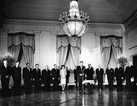 john f kennedy cabinet ar6287 d sworn in cabinet members pose with president