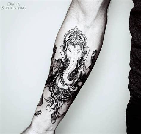 tattoo de ganesha no pulso 1000 ideias sobre tatuagem ganesha no pinterest