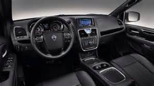 Lancia Voyager 2016 Lancia Voyager 2017 Listino Prezzi Motori E Consumi