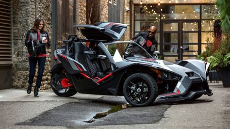 Polaris Polaris Slingshot by Polaris Slingshot Grand Touring Le Adds Luxury To The