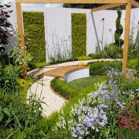 decorar el jardin barato el jardin bueno bonito y barato consejos de dise 209 o