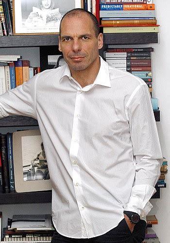 Welches Motorrad F Hrt Yanis Varoufakis by In Aufl 246 Sung Befindlich Titel Kulturmagazin
