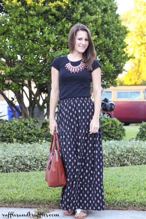 style patterned maxi skirt