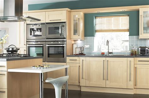 modern style kitchens it westleigh contemporary maple effect shaker diy at b q