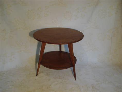 Table basse ronde 60?s (vendu)   Lu bee
