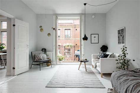 wohnung schwarz weiß einrichten grau wandfarbe schlafzimmer