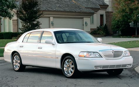town car lincoln town car specs photos 2007 2008 2009 2010