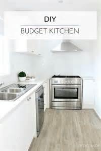 Diy Kitchen Renovation by A Budget Diy Kitchen Renovation Diy Decorator