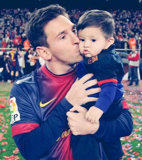 messi born new baby image gallery messi baby