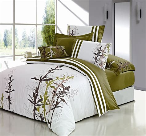 king duvet on bed duvet set