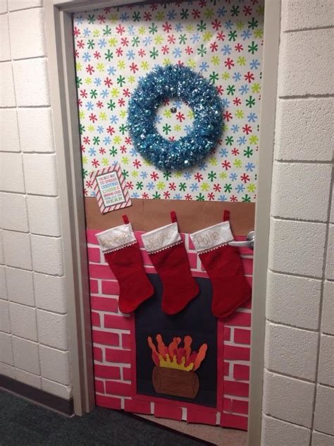Santa Door Decoration by 40 Classroom Decorations Ideas For 2016