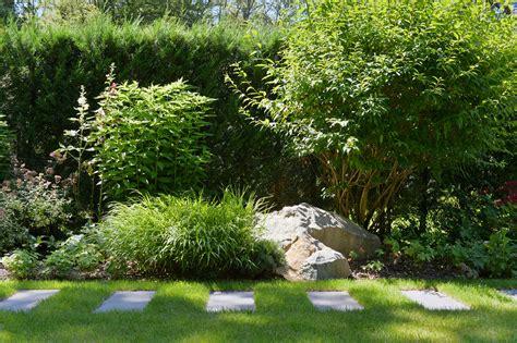 Jardin En Longueur Photos by Avant Apr 232 S Am 233 Nager Un Jardin Tout En Longueur