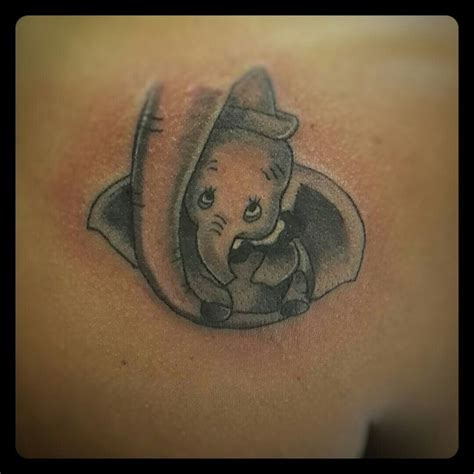 dumbo tattoo best 25 dumbo ideas on baby elephant