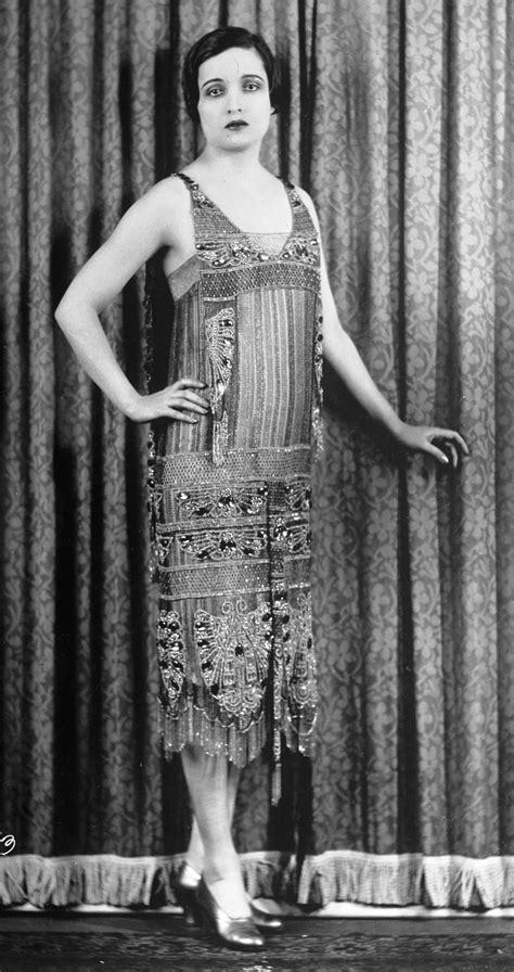 fashion blogs for women in 20s 20th century fashion history 1920 1930 the fashion folks