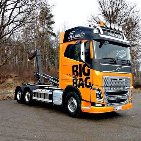 volvo truck factory sweden 967 best volvo trucks oldtimers images on pinterest