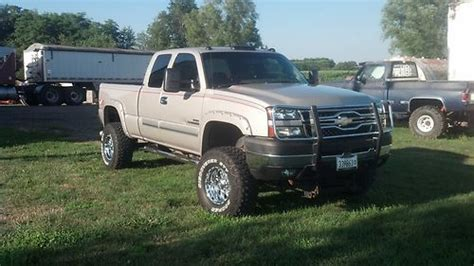automobile air conditioning repair 2006 chevrolet silverado 2500 spare parts catalogs find used 2006 chevy 2500hd 4x4 lt duramax 6 quot lift ext cab sb leather loaded in canton illinois