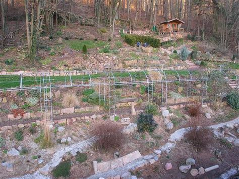 Bilder Zu Gartengestaltung 2700 by Hilfe Mein Hang Soll Bepflanzt Werden Mein Sch 246 Ner