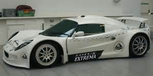 V8 Lotus Elise Uk Garage Introduces V8 Powered Lotus Extrema