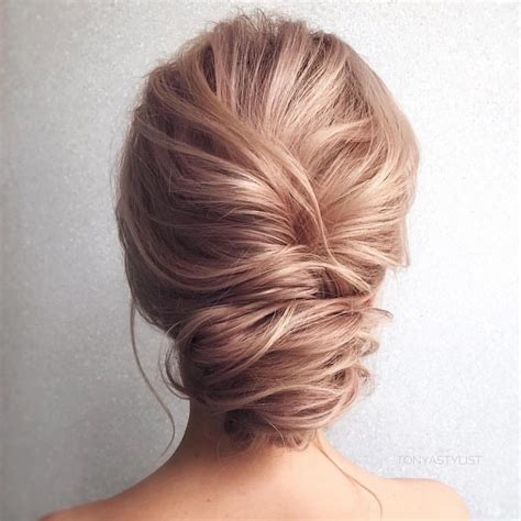 Medium Length Hairstyles Updos by 10 Updos For Medium Length Hair From Top Salon Stylists