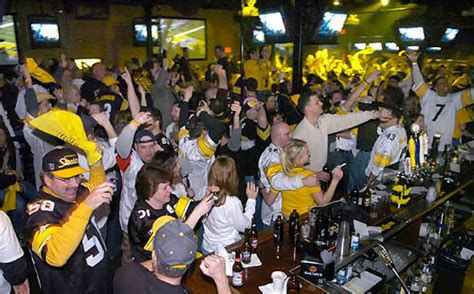 hi tops sports bar a bunch from munch our peripatetic diner serves up best places to watch super bowl