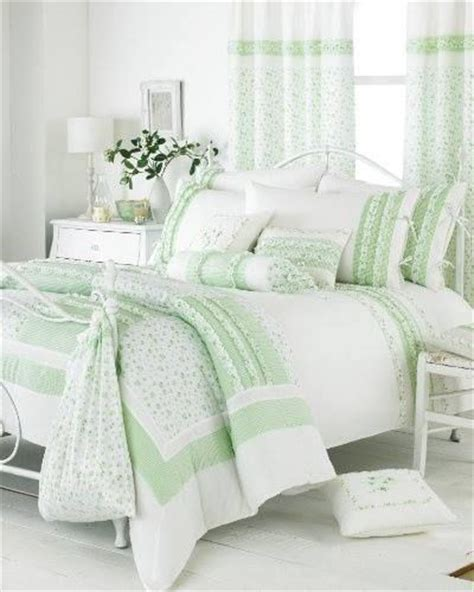 green and white bedroom green and white bedroom mint green pinterest
