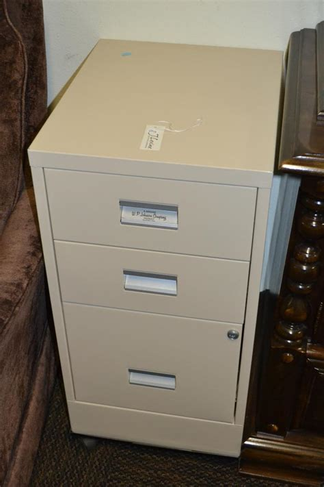 rolling file cabinet with lock 3 drawer rolling locking file cabinet