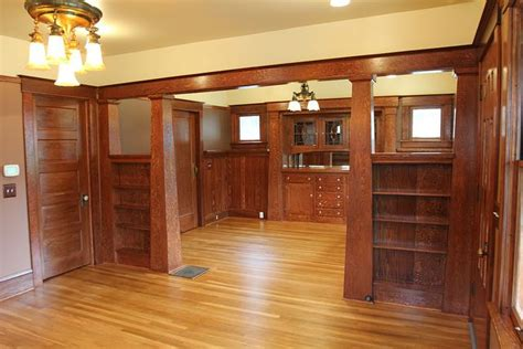 craftsman style woodwork 25 best ideas about oak color on neutral