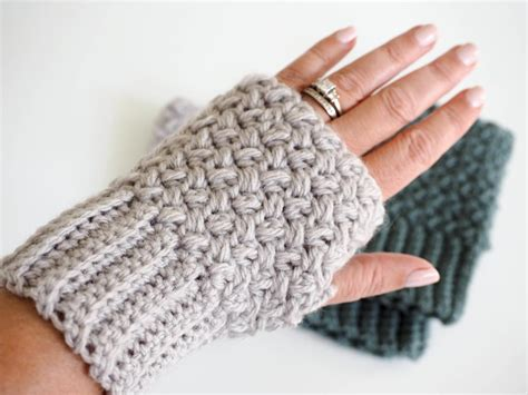 crochet gloves elizabeth stitch fingerless crochet favecrafts
