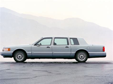 how to learn everything about cars 1991 lincoln continental mark vii security system 1991 lincoln town car information and photos momentcar
