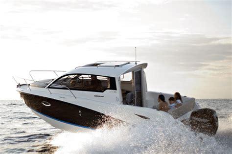 boat cabin spotlights nine great motorboats in the spotlight boats